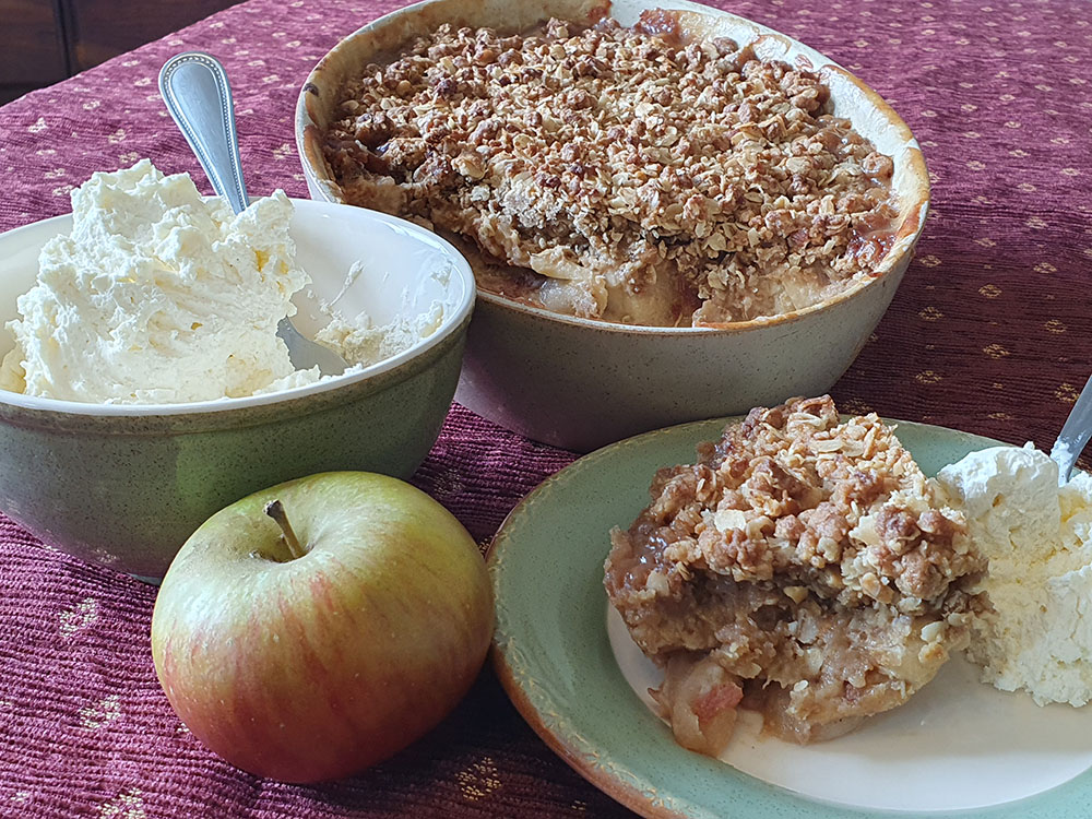 Recipe Toffee Apple Crumble